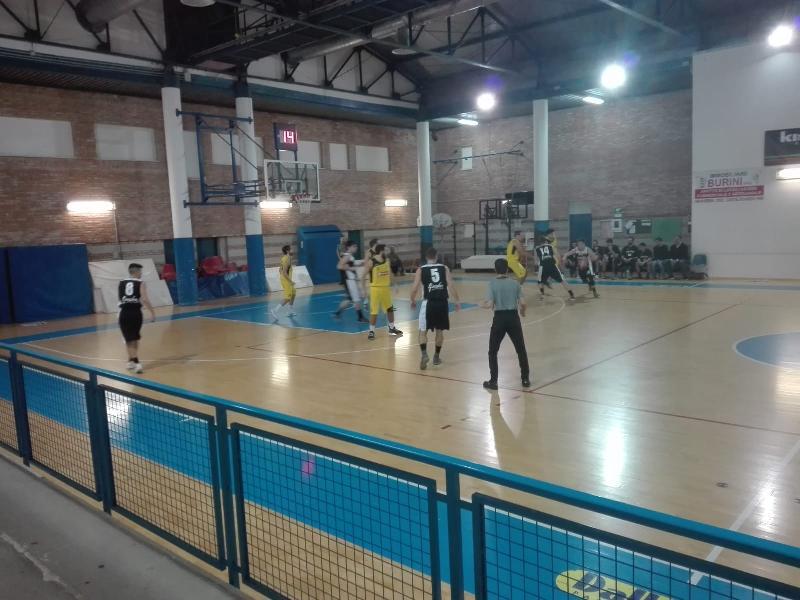 https://www.basketmarche.it/immagini_articoli/02-04-2019/regionale-squadre-giocano-ultimo-pass-playoff-dettagli-600.jpg