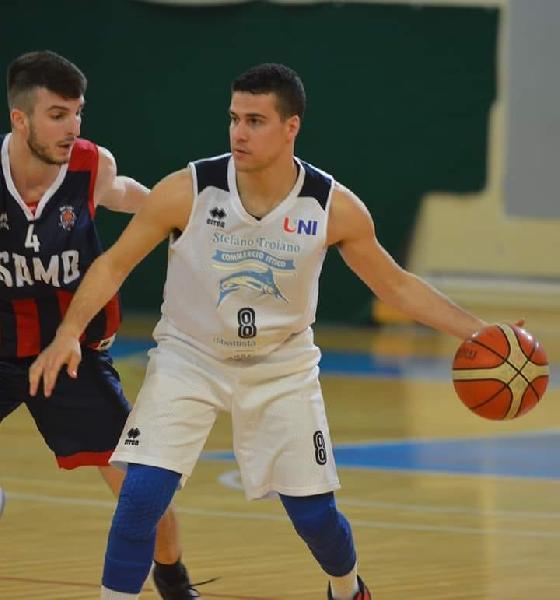 https://www.basketmarche.it/immagini_articoli/02-05-2019/unibasket-lanciano-alessio-agostinone-battere-sutor-dovremo-essere-aggressivi-600.jpg