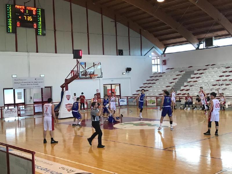 https://www.basketmarche.it/immagini_articoli/02-05-2021/straordinario-palantrani-guida-farnese-campli-vittoria-capolista-bartoli-mechanics-600.jpg
