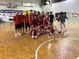 https://www.basketmarche.it/immagini_articoli/02-06-2018/promozione-playoff-finali-pallacanestro-senigallia-giovani-espugna-pesaro-e-vola-in-serie-d-120.jpg