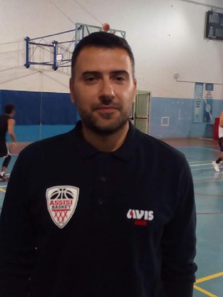 https://www.basketmarche.it/immagini_articoli/02-06-2020/ufficiale-giacomo-felicetti-allenatore-basket-assisi-anche-prossima-stagione-600.jpg