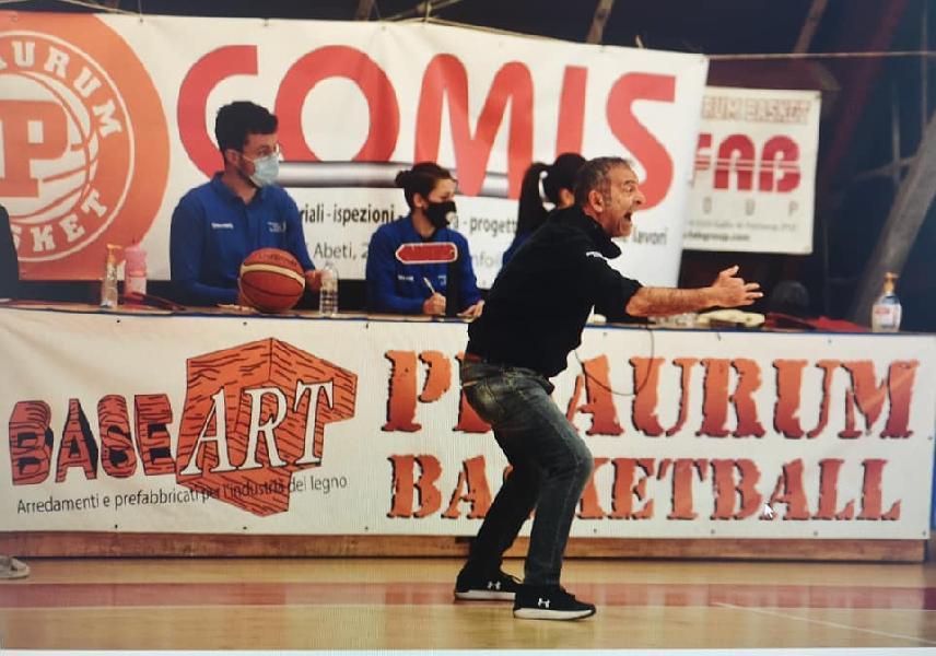 https://www.basketmarche.it/immagini_articoli/02-06-2021/pisaurum-coach-surico-matelica-cancellare-brutta-prova-offerta-regular-season-600.jpg