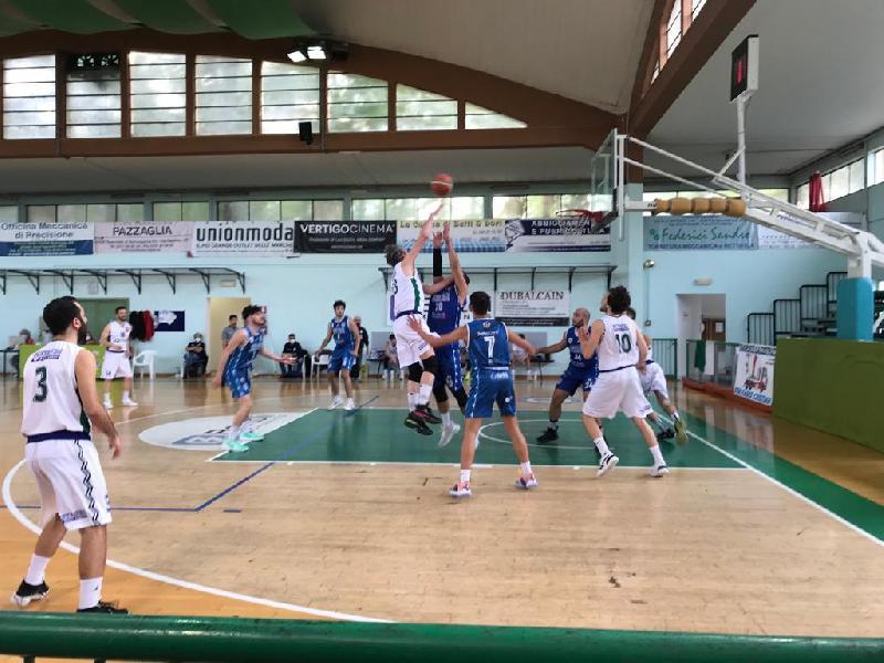https://www.basketmarche.it/immagini_articoli/02-06-2021/serie-silver-campo-turno-infrasettimanale-programma-arbitri-ritorno-600.jpg