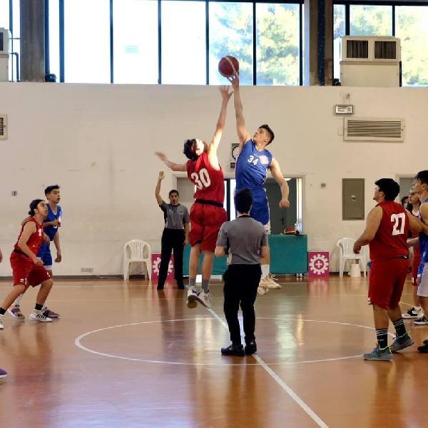 https://www.basketmarche.it/immagini_articoli/02-06-2021/silver-basket-macerata-passa-campo-sporting-pselpidio-600.jpg