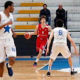 https://www.basketmarche.it/immagini_articoli/02-07-2018/serie-b-nazionale-pallacanestro-senigallia-fatta-per-l-arrivo-di-crescenzi-si-lavora-per-bocconcelli-270.jpg