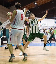 https://www.basketmarche.it/immagini_articoli/02-07-2018/serie-c-gold-nuovo-basket-fossombrone-e-giacomo-tadei-ancora-avanti-insieme-270.jpg