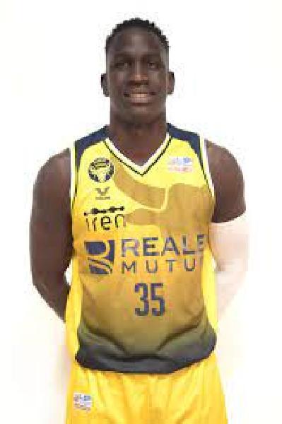 https://www.basketmarche.it/immagini_articoli/02-07-2021/dinamo-sassari-novit-roster-lungo-ousmane-diop-600.jpg