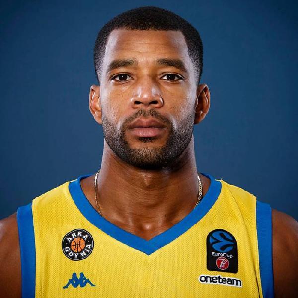 https://www.basketmarche.it/immagini_articoli/02-08-2020/pallacanestro-reggiana-piace-caserta-sassari-josh-bostic-600.jpg