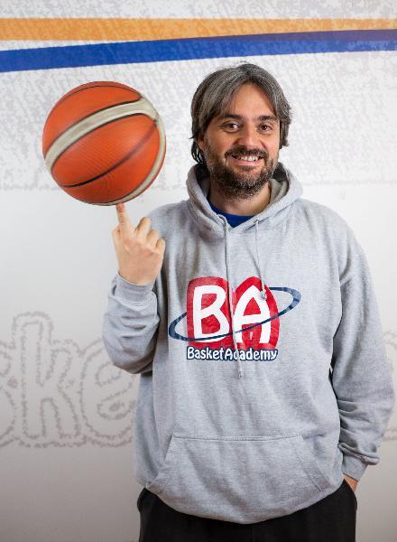 https://www.basketmarche.it/immagini_articoli/02-08-2021/pontevecchio-basket-alessandro-pesce-responsabile-tecnico-settore-giovanile-600.jpg