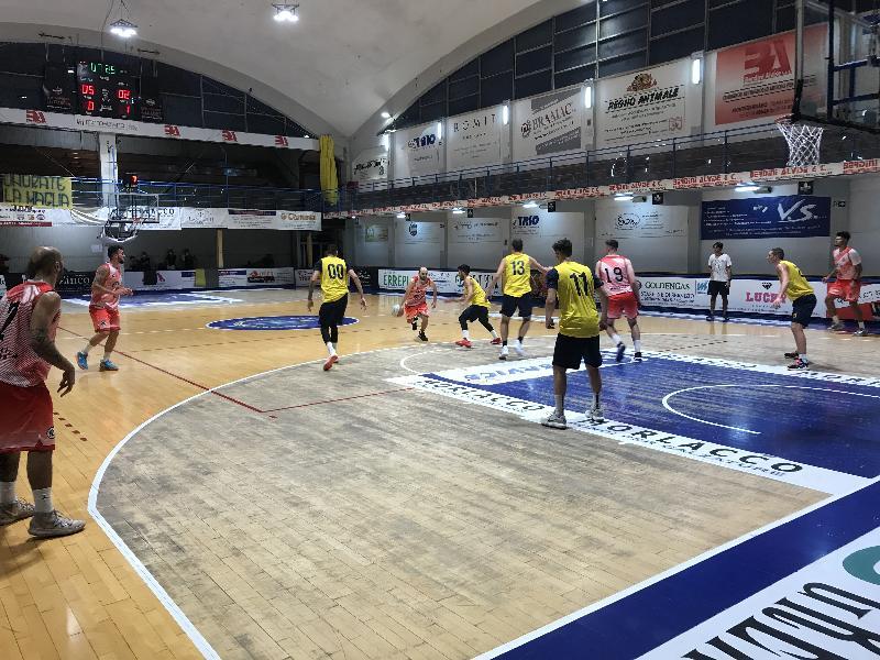https://www.basketmarche.it/immagini_articoli/02-09-2021/sensazioni-positive-vigor-matelica-test-amichevole-sutor-montegranaro-600.jpg