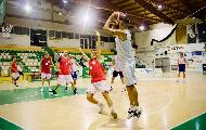 https://www.basketmarche.it/immagini_articoli/02-10-2020/indicazioni-positive-porto-sant-elpidio-basket-amichevole-robur-osimo-120.jpg