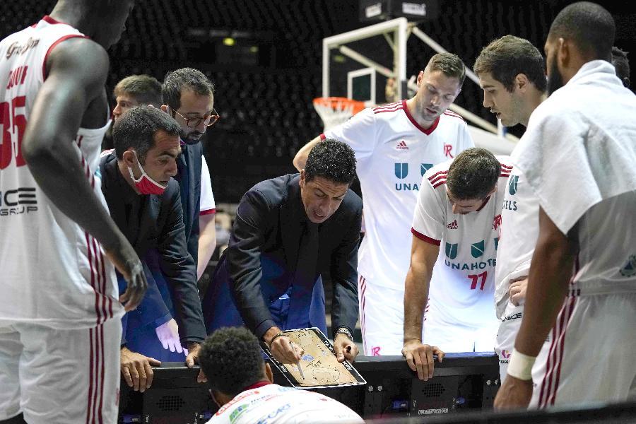 https://www.basketmarche.it/immagini_articoli/02-10-2020/pallacanestro-reggiana-trento-coach-martino-siamo-fiduciosi-convinti-600.jpg