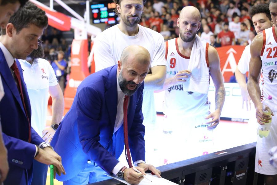 https://www.basketmarche.it/immagini_articoli/02-11-2019/pallacanestro-reggiana-coach-buscaglia-virtus-bologna-facendo-benissimo-test-importante-600.jpg