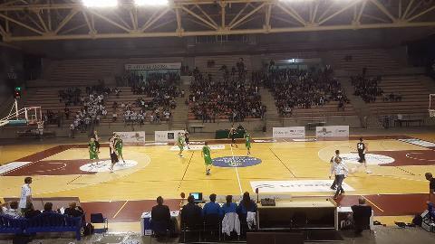 https://www.basketmarche.it/immagini_articoli/02-12-2017/serie-c-silver-gare-del-sabato-vittorie-per-matelica-pisaurum-bramante-e-castelfidardo-270.jpg