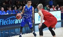 https://www.basketmarche.it/immagini_articoli/03-01-2020/next-dinamo-sassari-sconfitta-pistoia-basket-120.jpg