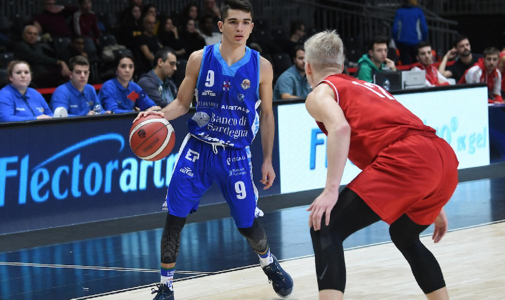 https://www.basketmarche.it/immagini_articoli/03-01-2020/next-dinamo-sassari-sconfitta-pistoia-basket-600.jpg