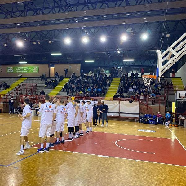 https://www.basketmarche.it/immagini_articoli/03-02-2020/continua-serie-positiva-valdiceppo-basket-magic-basket-chieti-battuta-600.jpg