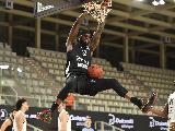 https://www.basketmarche.it/immagini_articoli/03-03-2021/eurocup-aquila-basket-trento-supera-autorit-partizan-belgrado-120.jpg