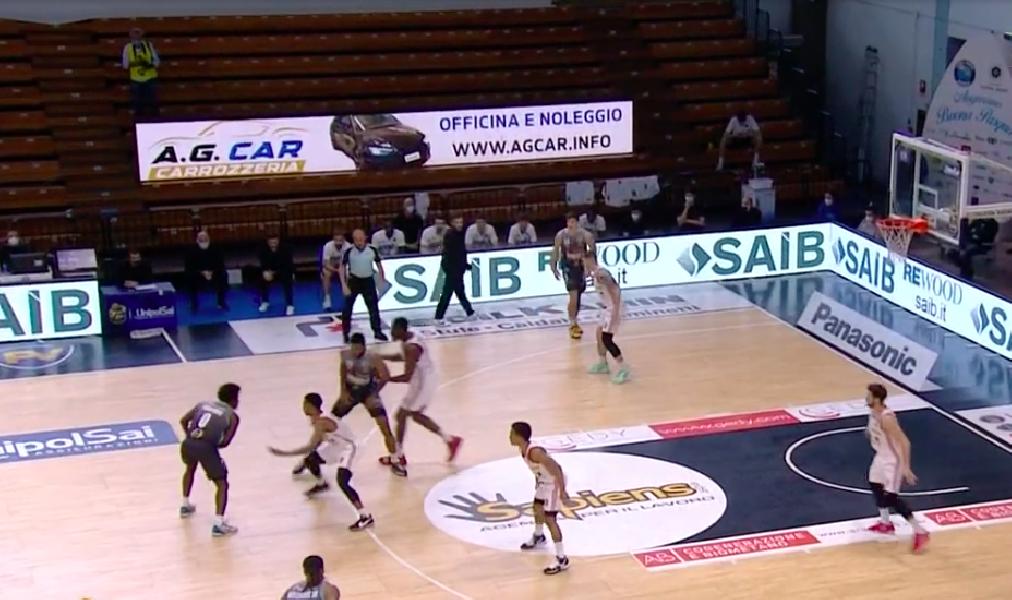 https://www.basketmarche.it/immagini_articoli/03-04-2021/basket-cremona-allunga-tempo-supera-pallacanestro-reggiana-600.png