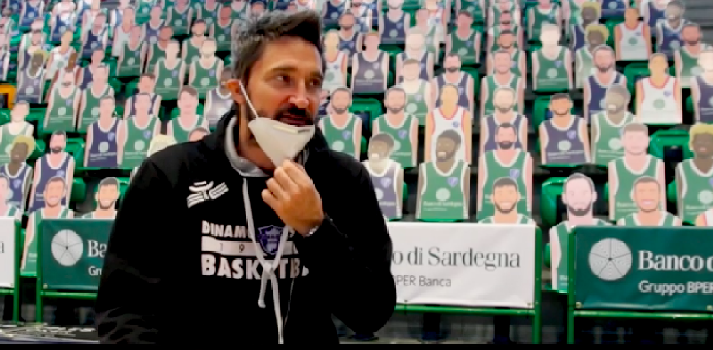 https://www.basketmarche.it/immagini_articoli/03-04-2021/sassari-coach-pozzecco-continuiamo-giocare-nostra-pallacanestro-tifoso-sardo-riconosce-impegno-difficolt-600.png