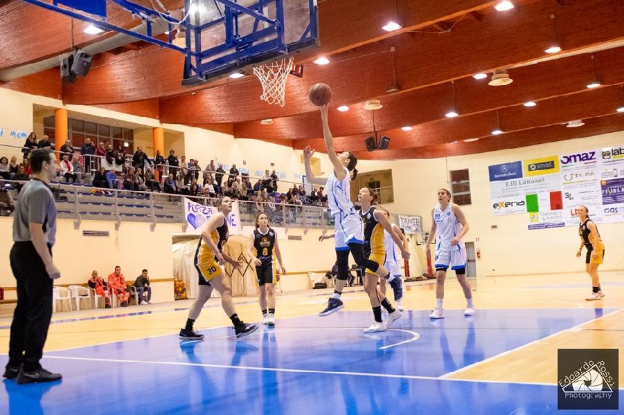 https://www.basketmarche.it/immagini_articoli/03-05-2019/serie-femminile-playoff-feba-civitanova-cerca-spezia-pass-semifinali-600.jpg
