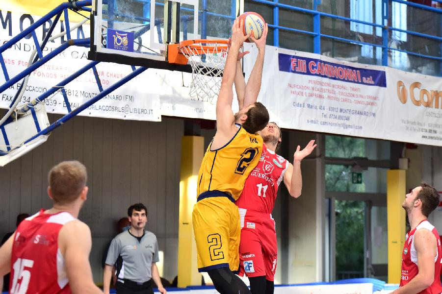 https://www.basketmarche.it/immagini_articoli/03-05-2021/vittoria-padova-basta-sutor-montegranaro-fattore-campo-turno-playout-600.jpg