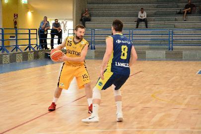 https://www.basketmarche.it/immagini_articoli/03-06-2018/fase-nazionale-c-la-sutor-montegranaro-si-spegne-troppo-presto-la-stagione-termina-contro-lamezia-270.jpg