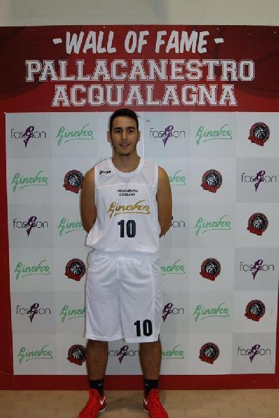 https://www.basketmarche.it/immagini_articoli/03-07-2019/ufficiale-matteo-toccaceli-giocatore-basket-durante-urbania-600.jpg