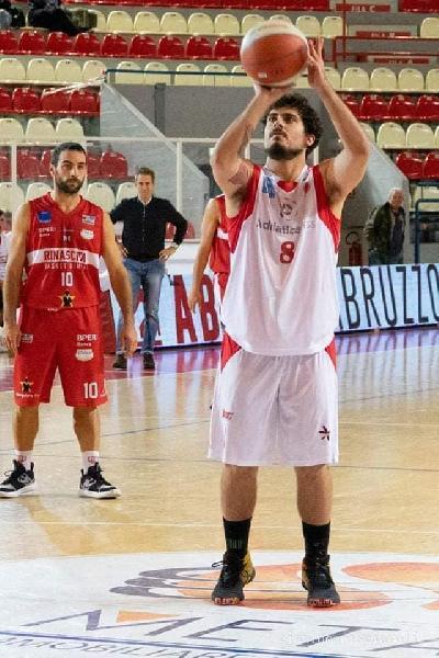https://www.basketmarche.it/immagini_articoli/03-07-2020/ufficiale-guardia-lorenzo-nolli-acquisto-olimpia-mosciano-600.jpg