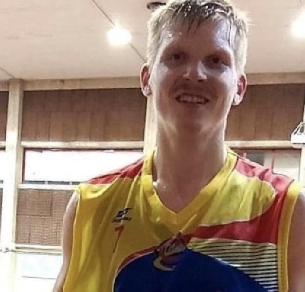 https://www.basketmarche.it/immagini_articoli/03-07-2020/ufficiale-olimpia-mosciano-sandro-paolo-listwon-insieme-anche-prossima-stagione-600.jpg