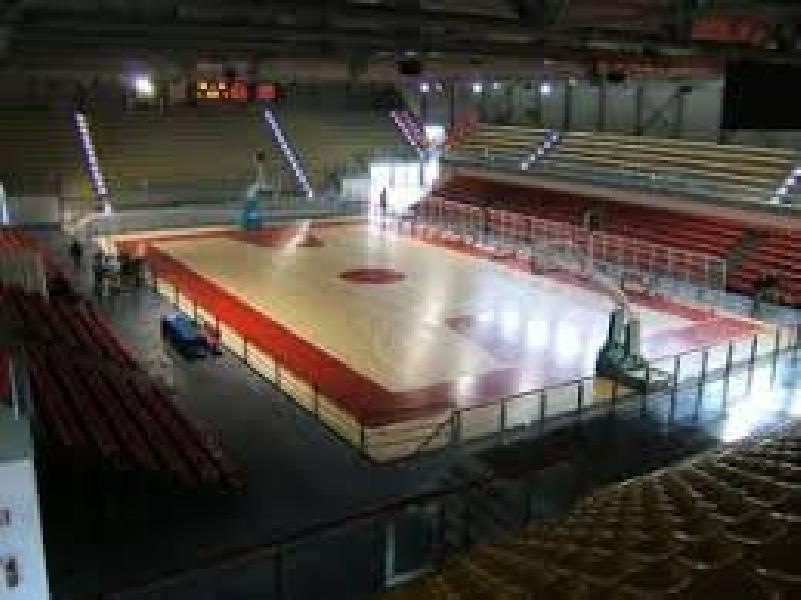 https://www.basketmarche.it/immagini_articoli/03-07-2021/janus-fabriano-osimo-pole-ospitare-partite-biancoblu-prossima-stagione-600.jpg