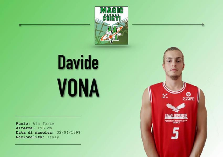 https://www.basketmarche.it/immagini_articoli/03-08-2019/ufficiale-davide-vona-giocatore-magic-basket-chieti-600.jpg