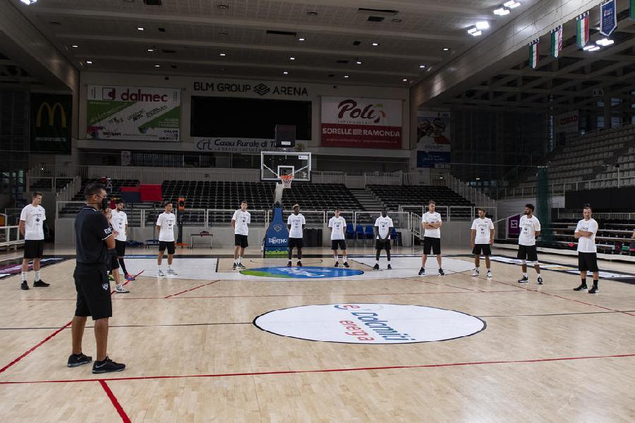 https://www.basketmarche.it/immagini_articoli/03-08-2020/aquila-basket-trento-raduno-aperta-stagione-20202021-600.jpg