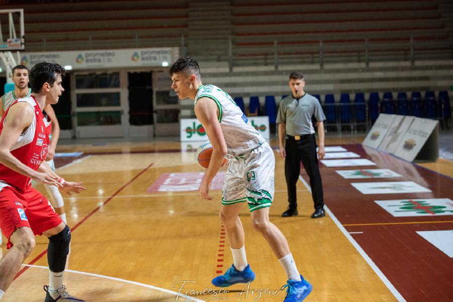 https://www.basketmarche.it/immagini_articoli/03-08-2021/campetto-ancona-ufficiale-conferma-under-edoardo-anibaldi-600.jpg