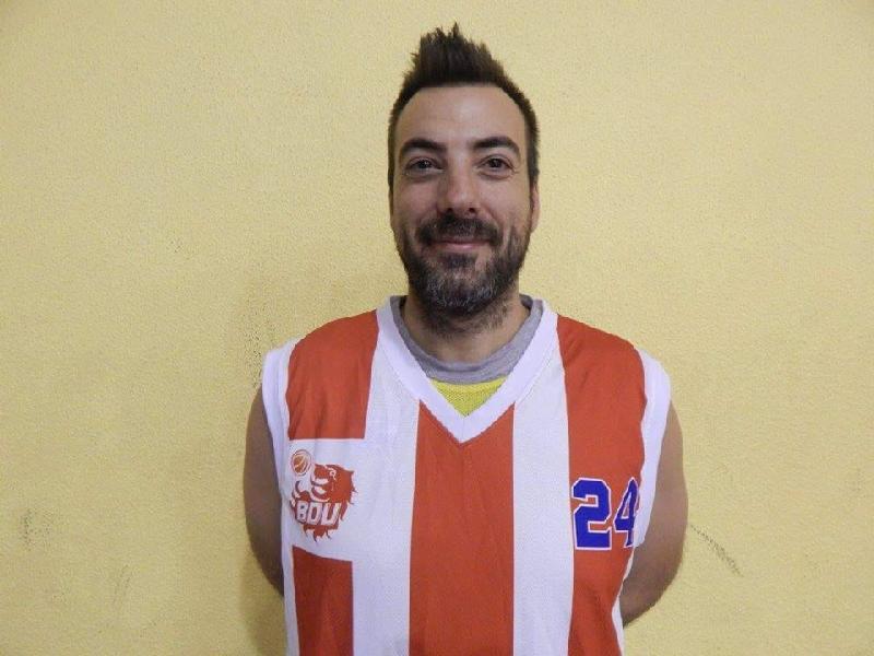 https://www.basketmarche.it/immagini_articoli/03-09-2018/regionale-basket-durante-urbania-lorenzo-catani-separano-600.jpg