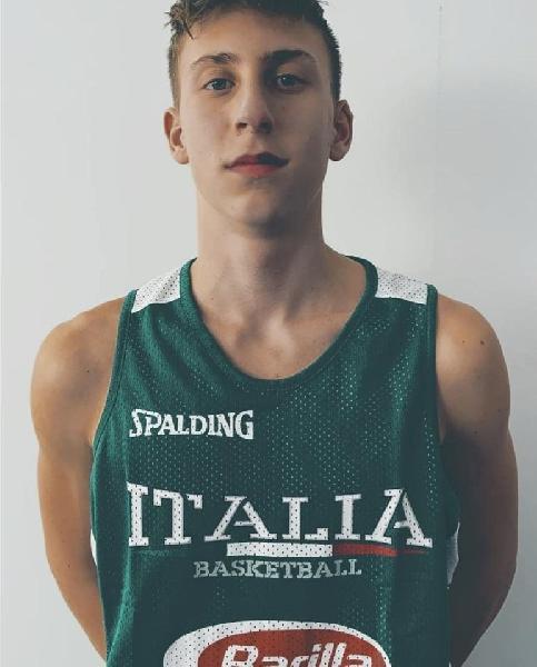 https://www.basketmarche.it/immagini_articoli/03-09-2020/giovane-talento-marchigiano-alessandro-nisi-spicca-volo-approda-virtus-siena-600.jpg