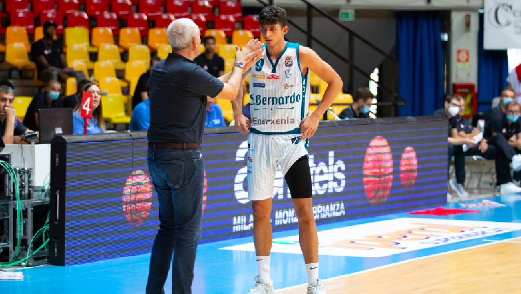https://www.basketmarche.it/immagini_articoli/03-09-2020/pallacanestro-cant-coach-pancotto-varese-attende-impegno-importante-600.png