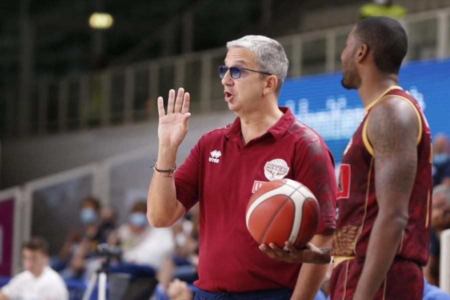 https://www.basketmarche.it/immagini_articoli/03-09-2020/reyer-venezia-coach-raffaele-bravi-fare-cose-giuste-quando-contava-600.jpg