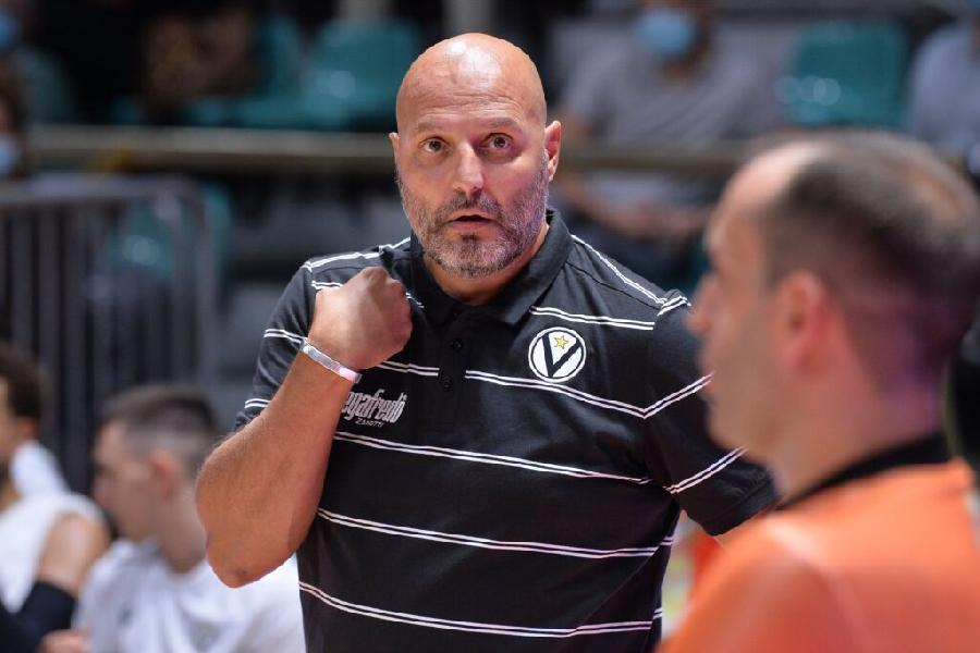https://www.basketmarche.it/immagini_articoli/03-09-2020/virtus-bologna-coach-djordjevic-fortitudo-derby-tiepido-600.jpg