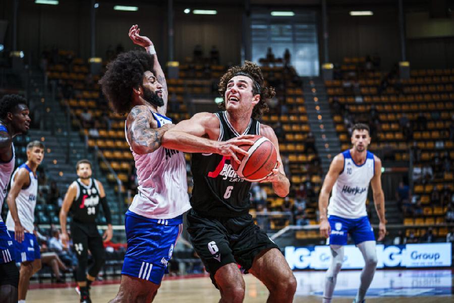 https://www.basketmarche.it/immagini_articoli/03-09-2021/virtus-bologna-supera-basket-brindisi-vince-memorial-porelli-600.jpg