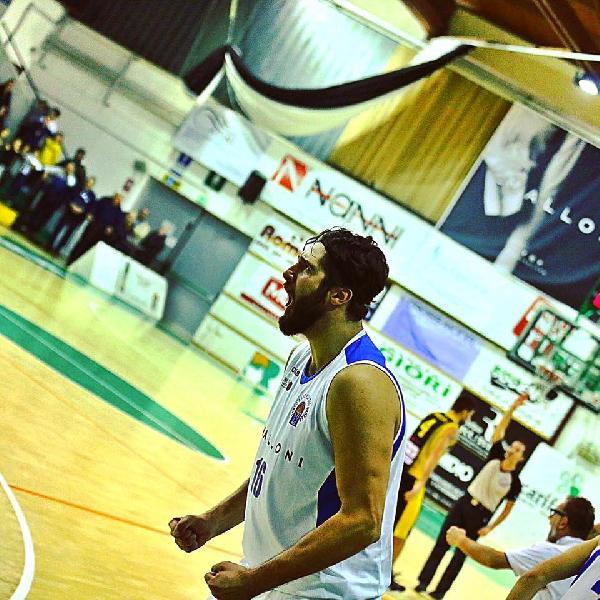 https://www.basketmarche.it/immagini_articoli/03-10-2018/porto-sant-elpidio-basket-annuncia-ritorno-mirko-romani-600.jpg