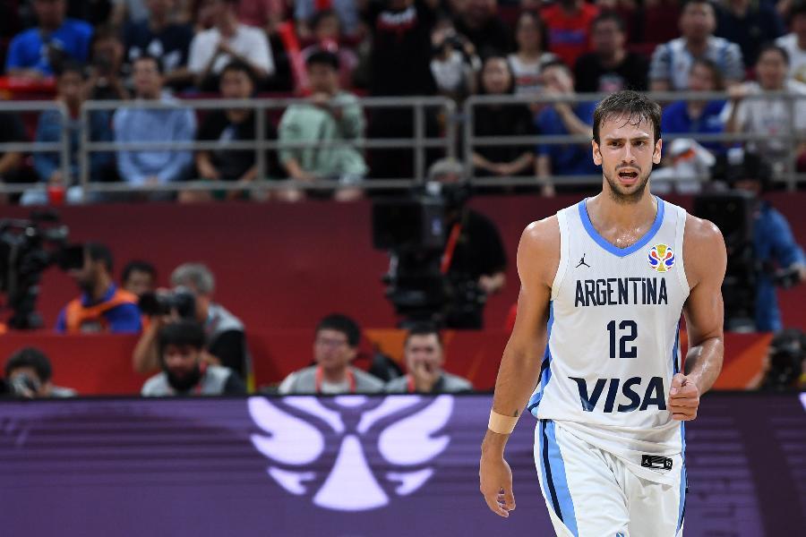 https://www.basketmarche.it/immagini_articoli/03-10-2019/ufficiale-virtus-bologna-firma-lungo-argentino-marcos-delia-600.jpg