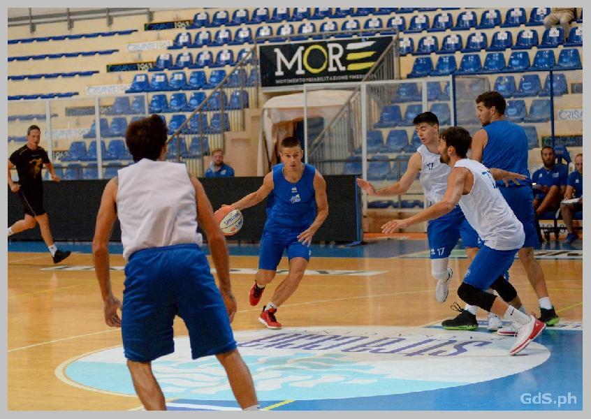 https://www.basketmarche.it/immagini_articoli/03-10-2020/pescara-basket-atteso-impegno-campo-sutor-montegranaro-600.jpg