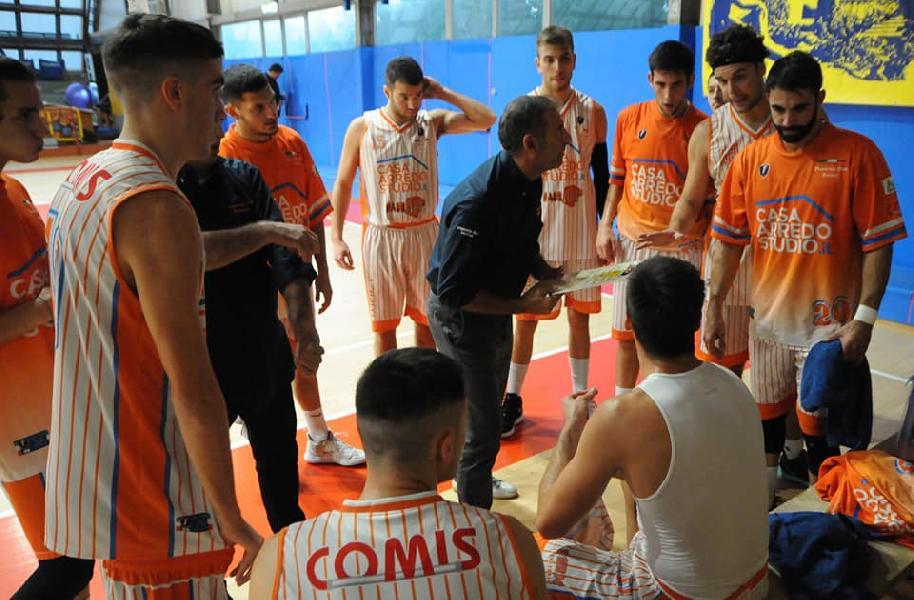 https://www.basketmarche.it/immagini_articoli/03-10-2020/pisaurum-coach-surico-obiettivo-quello-mantenere-questa-categoria-attraverso-playoff-600.jpg