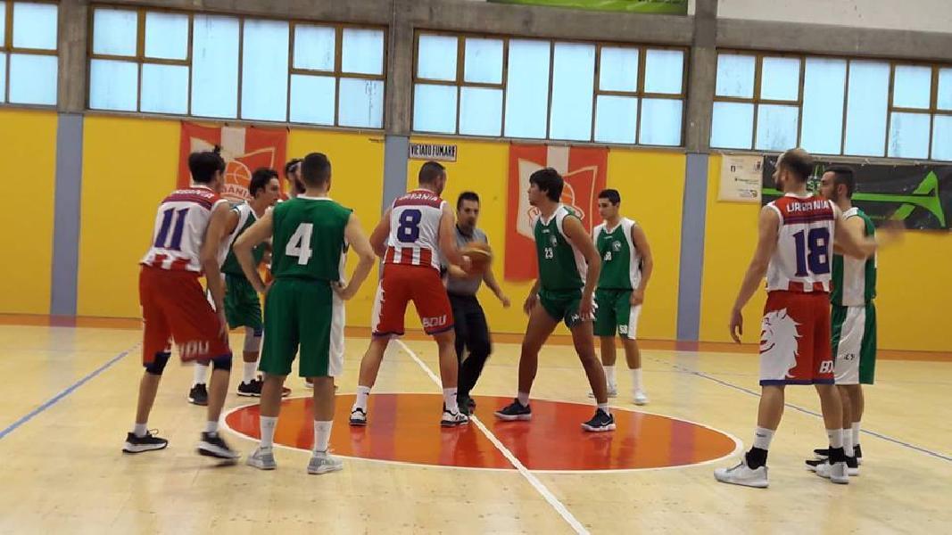 https://www.basketmarche.it/immagini_articoli/03-11-2018/basket-durante-firma-impresa-campo-capolista-loreto-pesaro-600.jpg