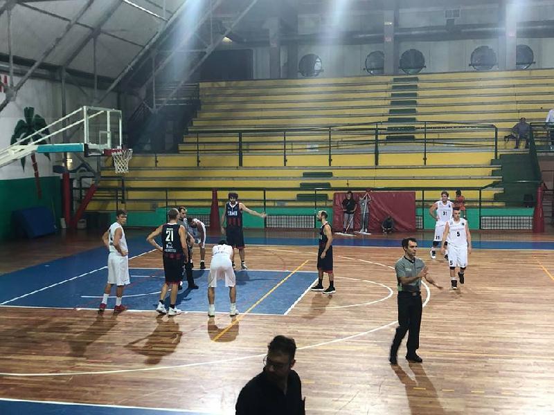 https://www.basketmarche.it/immagini_articoli/03-11-2018/sambenedettese-basket-coach-aniello-perugia-dovremo-saper-gestire-ritmo-gara-600.jpg