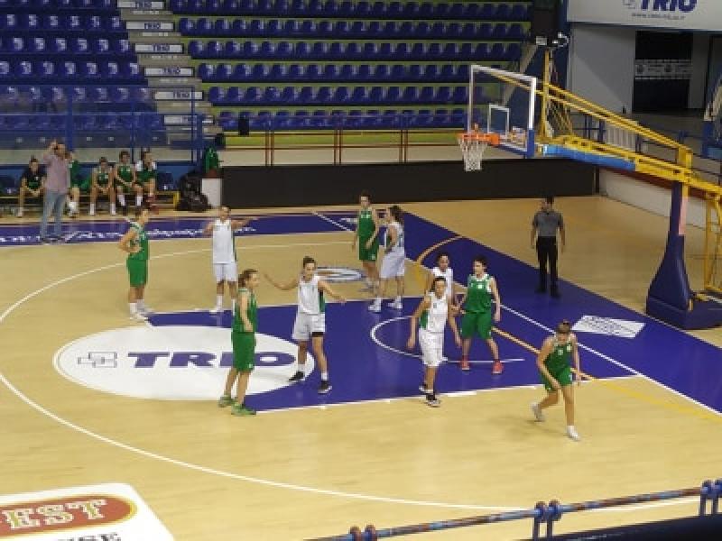 https://www.basketmarche.it/immagini_articoli/03-11-2019/ancona-sconfitto-campo-porto-giorgio-basket-gara-esordio-600.jpg