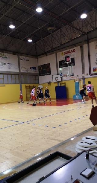 https://www.basketmarche.it/immagini_articoli/03-11-2019/basket-durante-urbania-vince-sfida-basket-giovane-pesaro-600.jpg