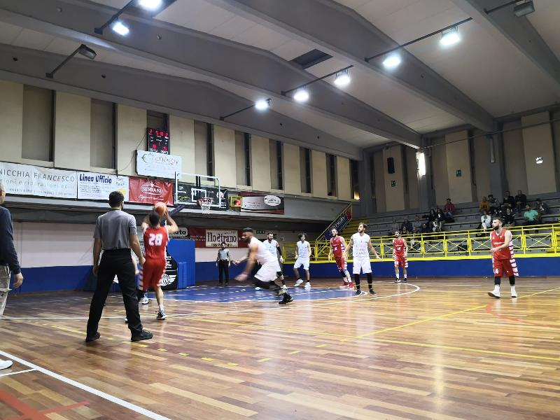 https://www.basketmarche.it/immagini_articoli/03-11-2019/basket-todi-vince-match-basket-tolentino-dopo-supplementare-600.jpg