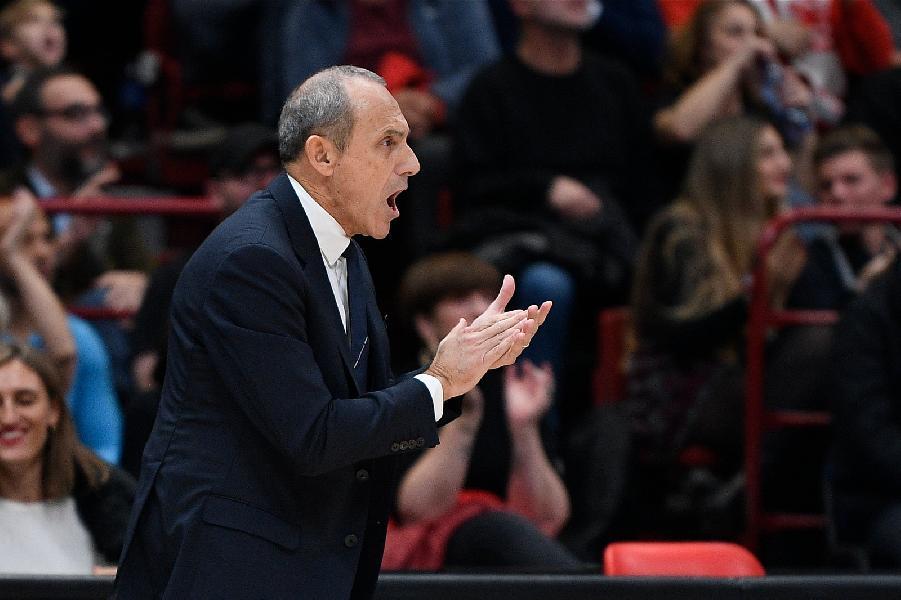 https://www.basketmarche.it/immagini_articoli/03-11-2019/olimpia-milano-coach-messina-tratta-partita-difficile-abbiamo-grande-rispetto-varese-600.jpg